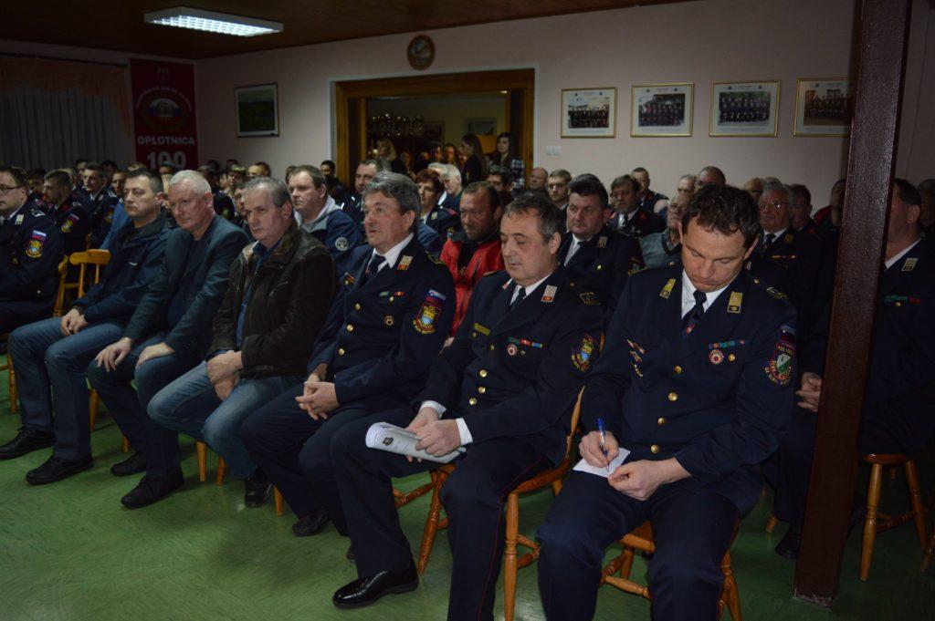 106. zbor članstva v znamenju menjave vodstva